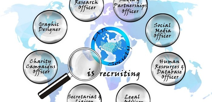 Euro Atlantic Diplomacy Society oferă internship-uri tinerilor studenți